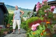Fredy Doser ist Präsident des Familiengärtnervereins Luzern und hatte in seinem Garten auf der Allmend schon mehrfach ungebetene Gäste. (Bild Boris Bürgisser)