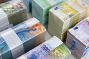 Kantonsausgaben von insgesamt 33 Millionen Franken will der Regierungsrat an die Gemeinden übertragen. (Bild: Keystone)