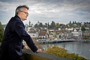 Muss sich als «Spar-Stapi» beweisen: Finanzdirektor Stefan Roth (52), hier auf der Terrasse des KKL. (Bild: Pius Amrein / Neue LZ)