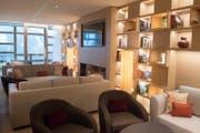 Bei Krankenversicherern umstritten: Aufnahme der Rehabilitationsklinik im Luxus-Waldhotel auf dem Bürgenstock. Auf dem Bild ist die Lobby zu sehen. (Bild: Boris Bürgisser (Bürgenstock, 14. Dezember 2017))