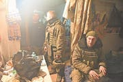 Soldaten in ihrer Unterkunft im Industriegebiet von Awdijiwka. (Bild: André Widmer, Awdijiwka, 15. März 2017)