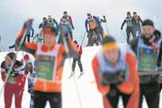 SAMEDAN, 11MAR18 - Erlebnis Skimarathon: Impression von der Strecke durch die Engadiner Talsohle anlaesslich des 50. Engadin Skimarathon am 11. Maerz 2018. Impression of the 50th Engadin Skimarathon, a cross country skiing race over 42 kilometres and more than 14,000 participants, in the Engadine Valley, Switzerland, March 11, 2018. swiss-image.ch/Photo Andy Mettler (Bild: Andy Mettler/Swiss-Image (11. März 2018))