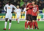RB Leipzig mit Ibrahima Konaté (links) verliert bei Freiburg 1:2. (Bild: Patrick Seeger/Keystone (Freiburg, 20. Januar 2018))