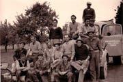 Sie sind auf einer der neu enthüllten Tafeln zu sehen: Arbeiter der Chamer Firma Reggiori von 1961. (Bild: pd)