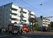 Links das Wohnhaus an der Maihofstrasse 71. (Bild: Robert Bachmann/Neue LZ)