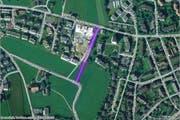 Bauliche Massnahmen sollen die Sicherheit für Fussgänger auf der Feldstrasse in Cham erhöhen. (Bild: map.search.ch)