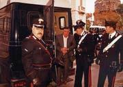 Am 15. Januar 1993 wurde Riina in Palermo von Carabinieri verhaftet. (Bild: Ansa/EPA)