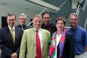Der Stadtrat im Jahr 2000 (vlnr): Kurt Bieder, Franz Müller Urs W. Studer, Ruedi Meier, Ursula Stämmer und Stadtschreiber Toni Göpfert. (Bild: Nique Nager / Neue LZ)