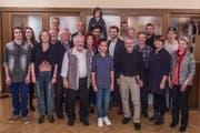 Gruppenbild eines Teils der Darstellerinnen und Darsteller, die bei den Tellspielen 2016 eine durchgehende Rolle innehaben. (Bild: PD)