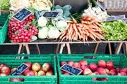 Mehr Früchte und Gemüse: Zuger Jugendliche ernähren sich gesünder, als noch vor zehn Jahren. (Symbolbild) (Bild: Boris Bürgisser / Neue LZ)