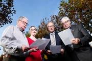 Das OK des Innerschweizer Gesangsfest in Cham (von links): Raphael Roschy, Peter Hegglin (Präsident), Helen Affolter (PR/Medien) und Alois Strässle. (Bild Stefan Kaiser)
