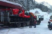 Das neue Pistenfahrzeug «600 W Polar» wird angeliefert. (Bild: pd)