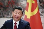 «Durch eine lange Periode harter Arbeit wird unser Land mit dem Sozialismus chinesischer Prägung in eine neue Ära eintreten», sagt Chinas Staatspräsident Xi Jinping. (Bild: EPA)