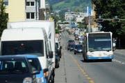 Zwischen der Kreuzung Schlösslistrasse und dem Maihof soll eine eigene Spur für Busse gebaut werden. (Archivbild Boris Bürgisser / Neue LZ)