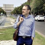 Hochschuldozent Michael Derrer in Bukarest. Bild: PD (Bild: pd)