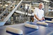 Zur Genossenschaft Coop gehört die grösste Bäckerei der Schweiz. Sie wurde im Sommer in Schafisheim AG eröffnet.