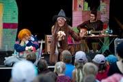 Das Splätterlitheater brachten am B-Sides viele Kinderaugen zum Leuchten. (Bild: Corinne Glanzmann / Neue NZ)