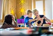 Die Basisstufe an den Luzerner Volksschulen wird immer beliebter. Bereits 26 Gemeinden setzen auf das Modell. (Bild: Keystone/Gaetan Bally)