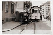 Unfall zwischen einem Tram und einem Lastwagen an der Bireggstrasse in Luzern im Jahr 1933. (Bild: Stadtarchiv Luzern)