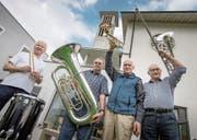 Von links: Theo Henseler, Jakob Koller, Hans Rinert und Richard Unternährer vor der reformierten Kirche in Horw. (Bild: Pius Amrein (11. April 2017))