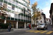 Ist-Situation an der Zeughausgasse: Das sanierungsbedürfige Haus Zentrum. (Bild pd)