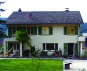 Einfamilienhaus Rey in Malters vor der Sanierung. (Bild: PD / Solarpreis 2015)