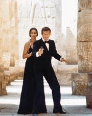 Der wohl beste Bond-Film mit Roger Moore: «Der Spion, der mich liebte» (1977). Mit Barbara Bach als russische Agentin. (Bild: Getty)