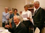 Die Mitglieder der Kirchenpflege haben ihr Ziel erreicht: Christine Willimann, Ursina Parr, Max Kläy, Max Zellweger, Jan Reintjes (v.l.n.r.). (Bild: PD)