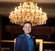 Der chinesische Multimillionär Yunfeng Gao gestern im Hotel Palace. (Bild Eveline Beerkircher)