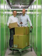 Terry Fehlmann, CEO von PlaceB, und Marketingleiter Manuel Gerber im neuen Standort in der Luzerner Innenstadt. (Bild: Dominik Wunderli (Luzern, 13. November 2017))