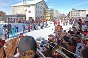 Guugenkonzert mitten im Schneeparadies Stoos. (Bilder Iwan Steiner)
