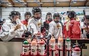 Die Spielerinnen des A-Nationalteams und der U18-Auswahl trainierten gemeinsam. (Bild: Nadia Schärli (Engelberg, 26. Juli 2017))