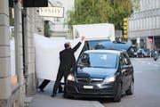 Ein Bild, das um die Welt ging: Am frühen Morgen des 27. Mai 2015 werden ranghohe Fifa-Funktionäre von der Polizei in Zürich abgeführt. (Bild: Keystone)