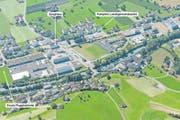 In der geplanten dreigeschossigen Halle südlich des Swissint-Waffenplatzes (am linken Bildrand) in Oberdorf sind auch unterirdische Parkplätze vorgesehen, welche auch von der Öffentlichkeit genutzt werden könnten. (Bild: PD)