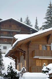 Besitzer von Ferienwohnungen (Symbolbild) aus dem Ausland fühlen sich in Obwalden ungerecht behandelt. (Bild: Keystone/Peter Schneider)
