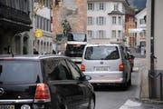 Der Dorfkern von Altdorf muss heute allen Arbeitsverkehr im Talboden schlucken. (Bild: Urs Hanhart / Neue UZ)