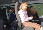 Kinder im Schulbus. (Symbolbild Geri Wyss/Neue NZ)