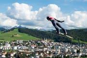 Der Horwer Gregor Deschwanden fliegt in Einsiedeln auf Rang 23. (Bild: Keystone / Urs Flüeler)