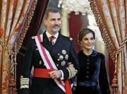 Seit fast 14 Jahren ein Paar: Spaniens König Felipe VI. und seine Ehefrau Königin Letizia (45). (Bild: Emilio Naranjo/EPA (Madrid, 6. Januar 2017))