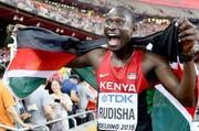 Der 800-m-Weltmeister von Peking: Der Kenianer David Rudisha will heute auch das Publikum in Zürich begeistern. (Bild: Keystone / Franck Robichon)