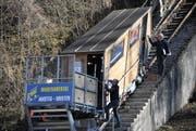 Die Standseilbahn von Amsteg nach Bristen wird wieder in Betrieb genommen. (Bild: Urs Hanhart (Amsteg, 14. März 2017))