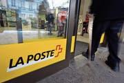 800 bis 900 Poststellen soll es im Jahr 2020 noch geben, wenn es nach der Post geht. Heute sind es rund 1200. (Bild: Dominic Favre/Keystone)