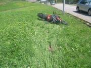 Der Fahrer dieses Motorrads zog sich beim Unfall Verletzungen zu und wurde in das Kantonsspital Uri gebracht. (Bild: PD)