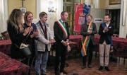 Der Krienser Gemeindepräsident Cyrill Wiget mit Mitgliedern des Stadtrats von San Damiano d'Asti bei einem Besuch im Piemont 2015. (Bild: PD)