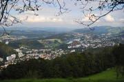 Der Radiosender Radio 3fach soll neu ab einer Antenne auf dem Sonnenberg senden können. Im Archivbild: Die Sicht vom Sonnenberg nach Luzern. (Archivbild Neue LZ)