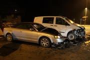 Die beiden Autos erlitten Totalschaden. (Bild: Zuger Polizei)