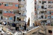 Gross ist die Zerstörung in der iranischen Stadt Sarpol-e Zahab in der Provinz Kermanschah. (Bild: Abedin Taherkenareh/EPA (13. November 2017))