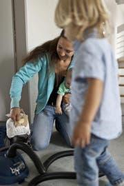 Kind, Kinderbetreuung (Bild: Geatan Bally/Keystone)