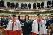 Das soll der SVP nicht noch einmal passieren: Eveline Widmer-Schlumpf wird ohne Einverständnis der Parteileitung im Dezember 2007 Bundesrätin. (Bild: Keystone/Ruben Sprich)