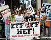 Noch 2011 provozierte die Eröffnung eines Playboy-Clubs in London eine Frauen-Demonstration. (Bild: Getty)